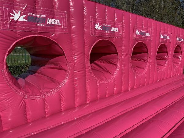 Opblaasbare attractie mud run